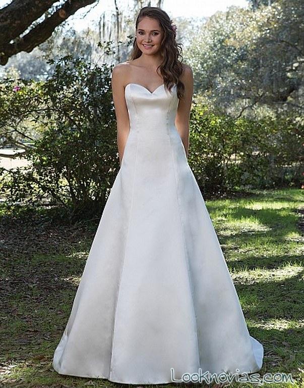 vestido blanco novias con falda lisa