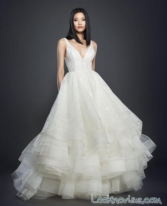 vestido blanco novias lazaro con volantes