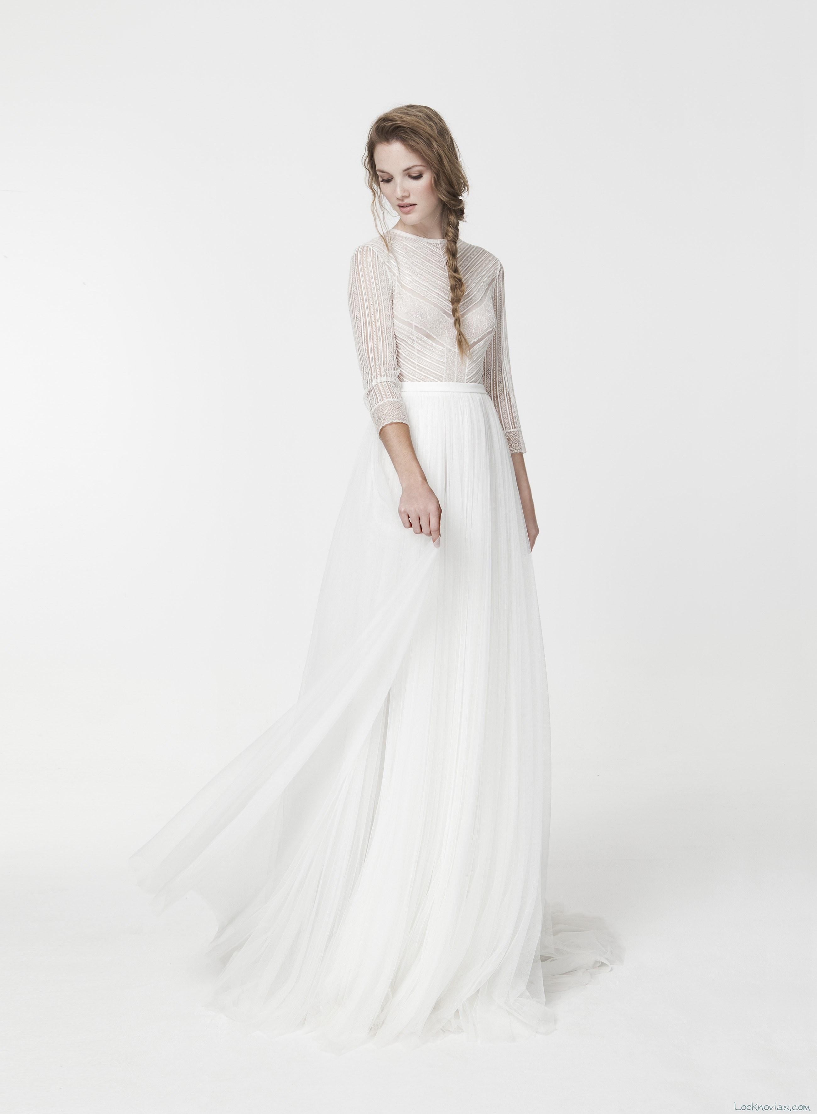 vestido con cuerpo gasa transparente