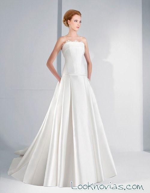 vestido con falda de volumen lugo novias