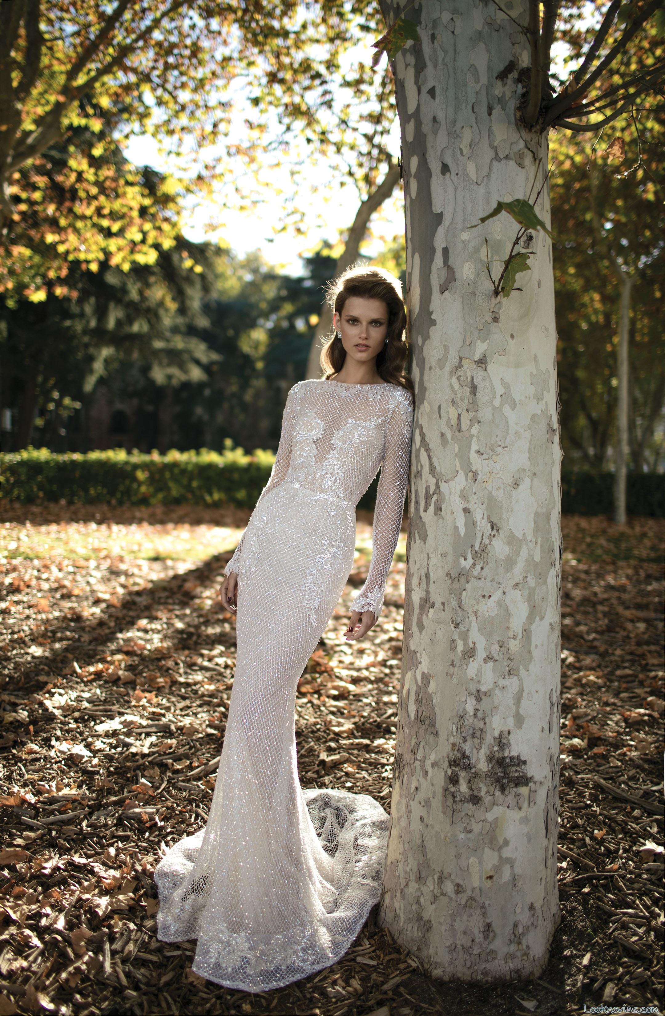 vestido con mangas de berta bridal 2016