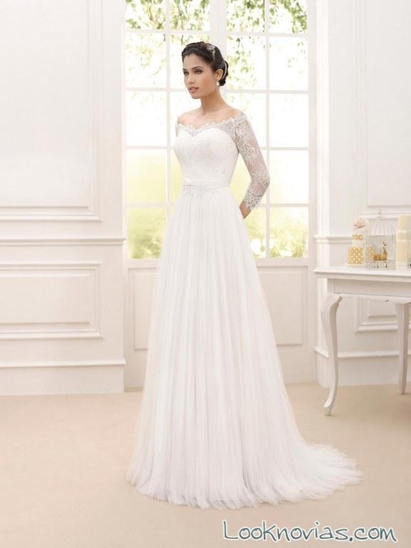 vestido con mangas de encaje novia d´art
