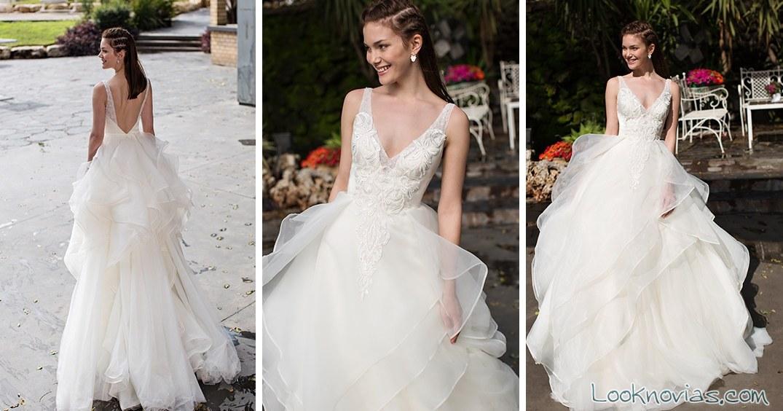 vestido con tirantes y falda de volantes noya bridal