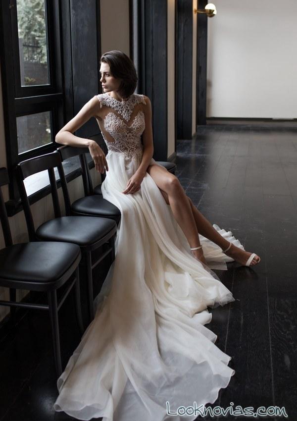 vestido con transparencias riki dalal
