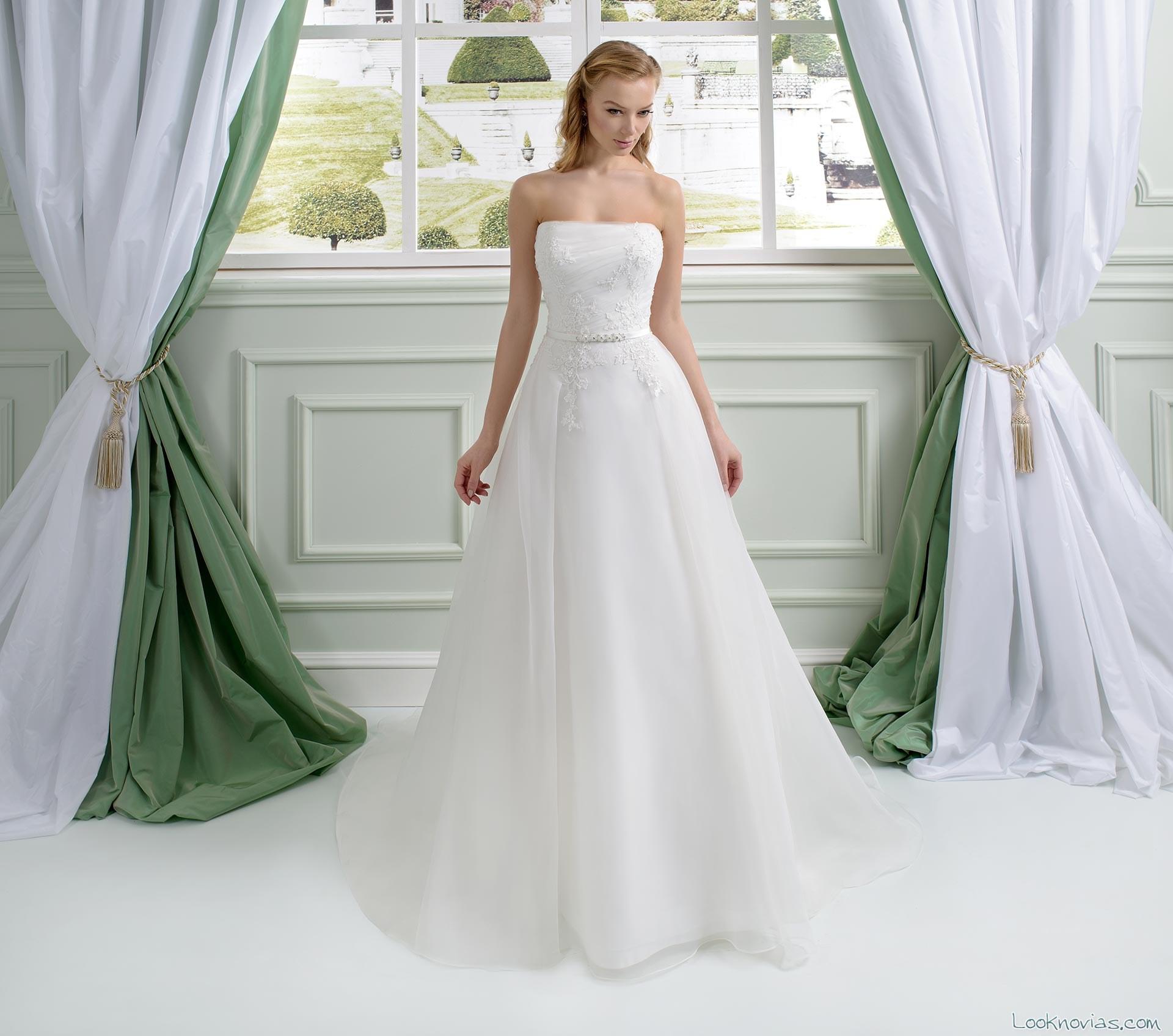 vestido con volumen de toi spose 2016