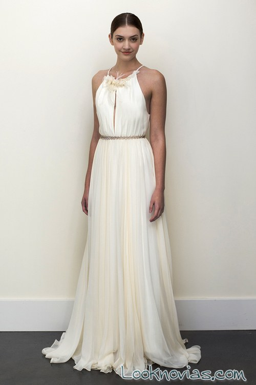 vestido corte griego en blanco