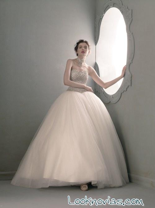 vestido corte princesa de Pucchi