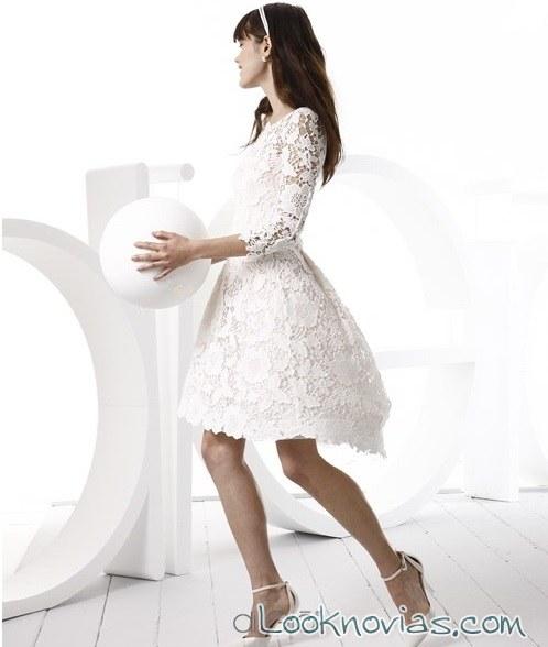 vestido corto con vuelo de Di Gió
