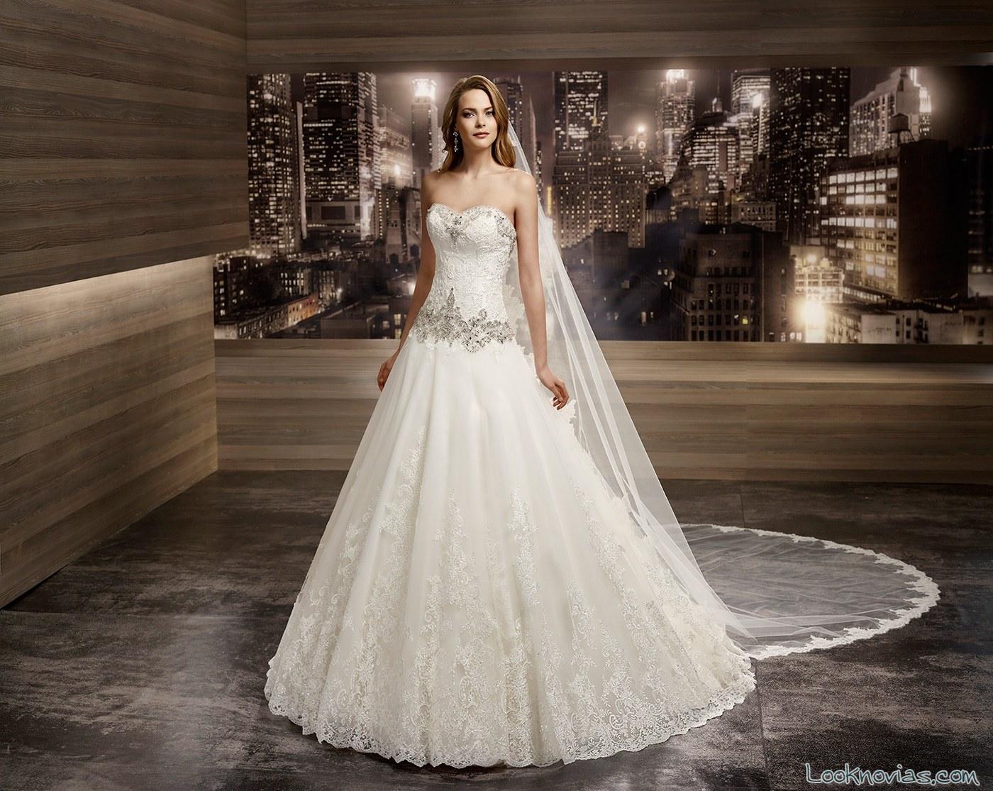 vestido de corte clásico romance