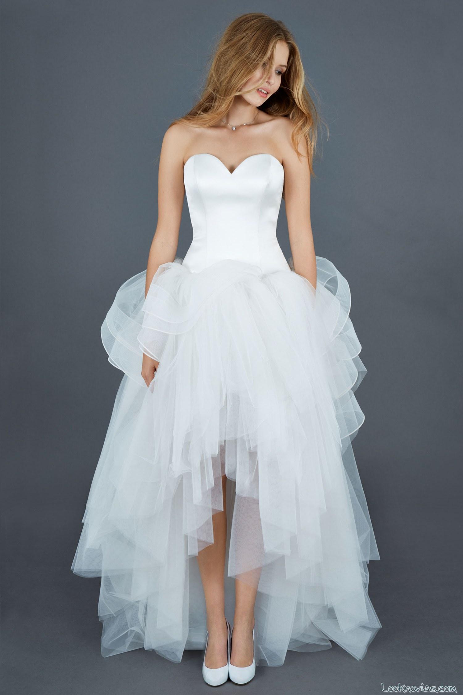 vestido de novia asimétrico atelier emé