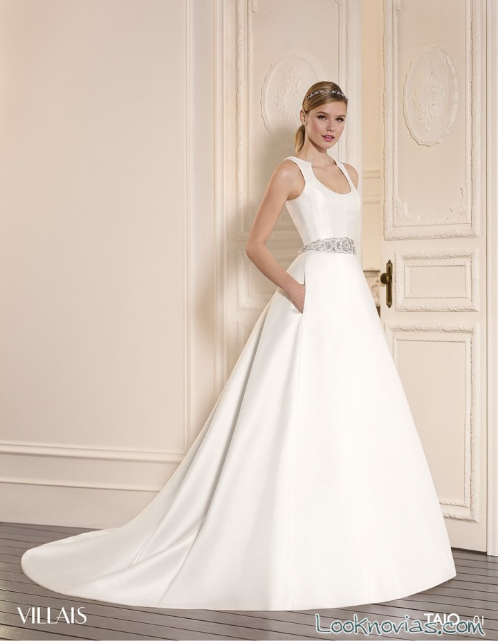 vestido de novia blanco sencillo con tirantes