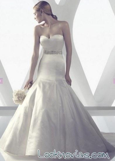 vestido de novia con corte sirena satinado