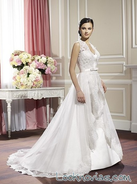 vestido de novia con doble capa de moonlight