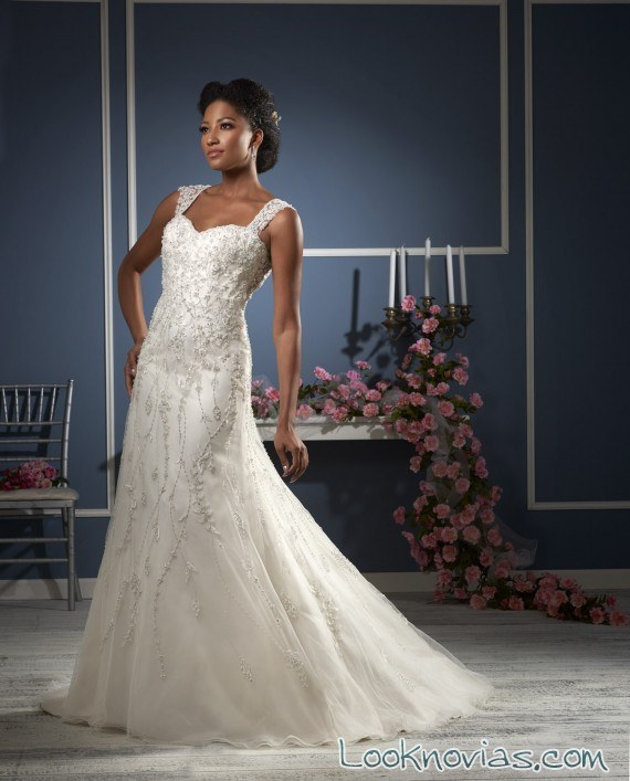 vestido de novia con tirantes de bonny bridal