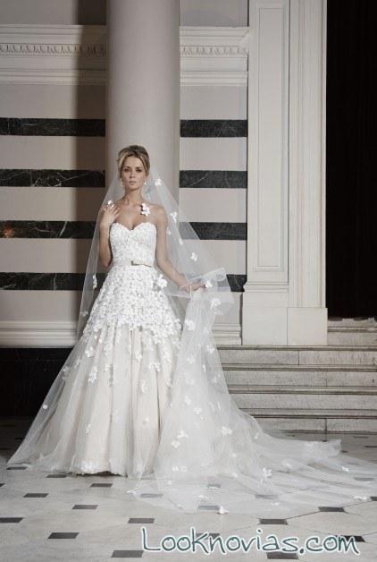 vestido de novia con velo de ian stuart