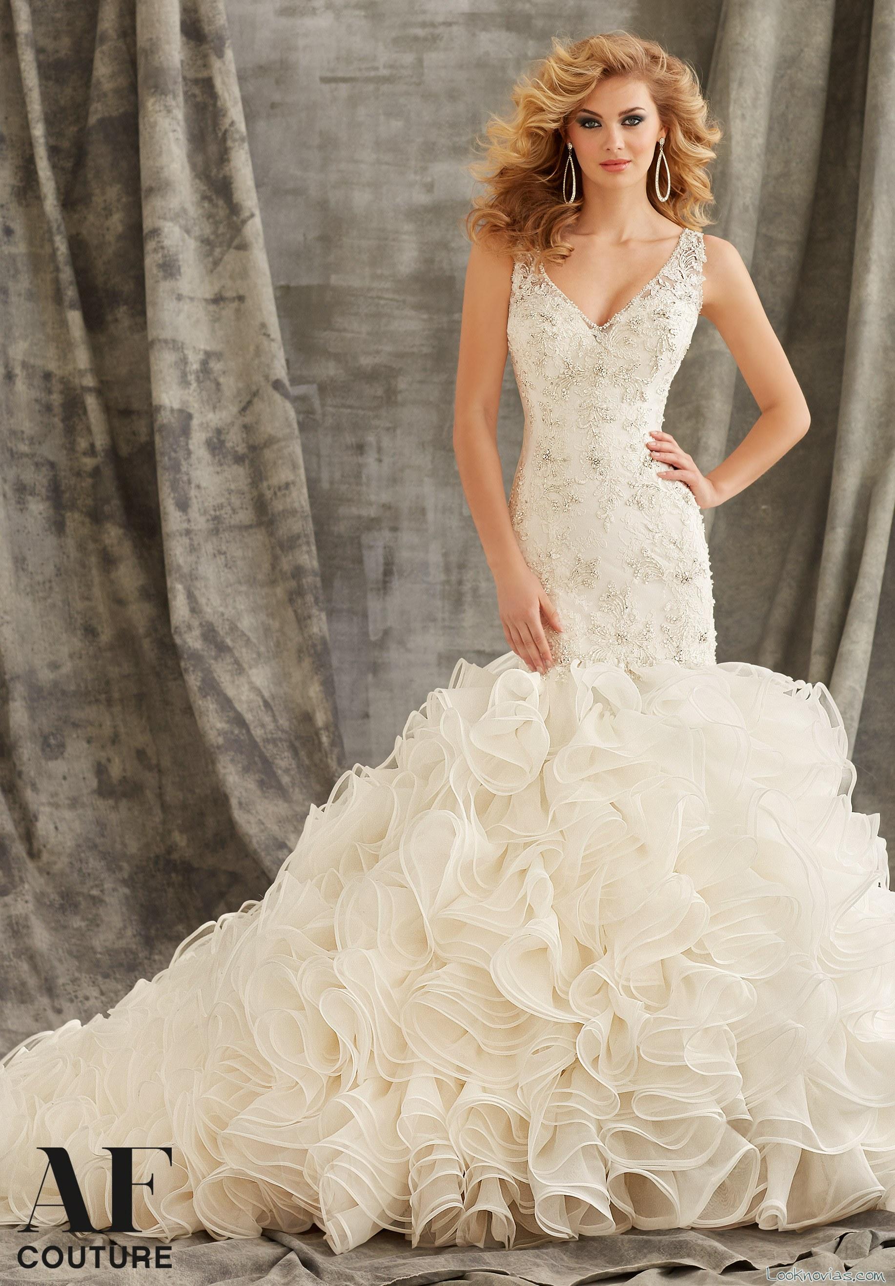 vestido de novia con volantes alta costura