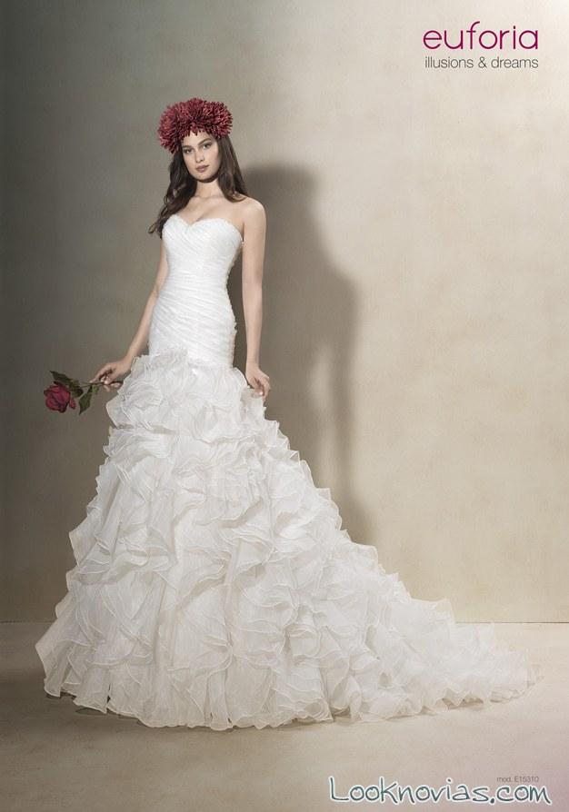 vestido de novia con volantes euforia