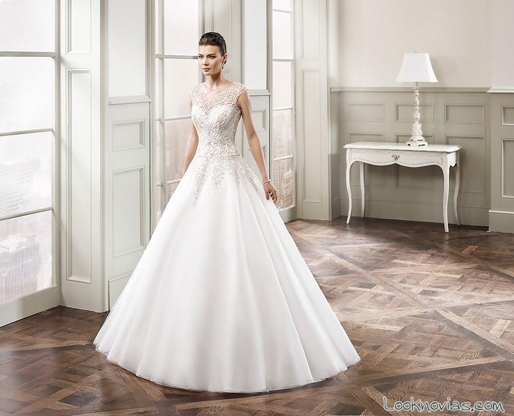 vestido de novia corte a con escote de tul alta costura