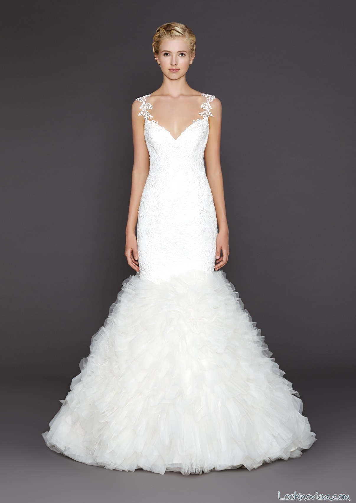vestido de novia corte sirena con escote