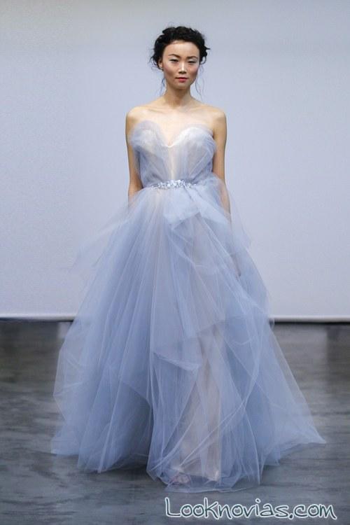 vestido de novia en color azul carol hannah