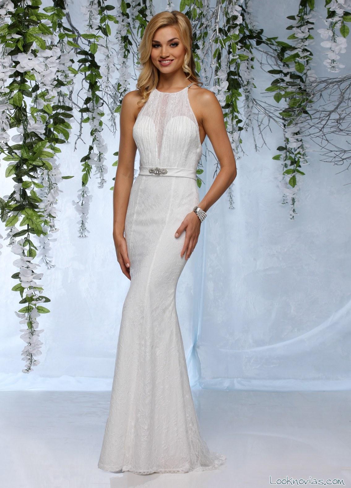 vestido de novia largo y recto con escote halter