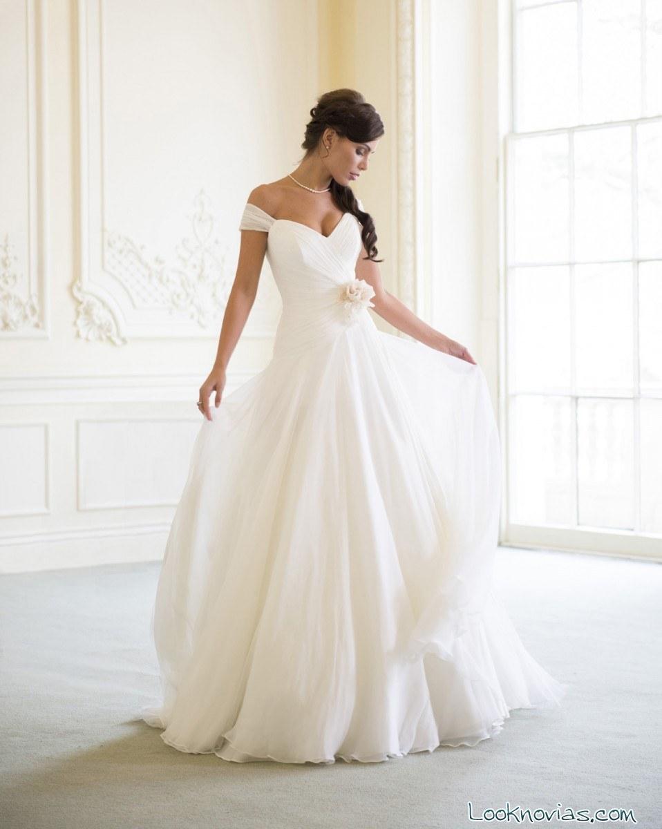 vestido de novia Naomi Neoh