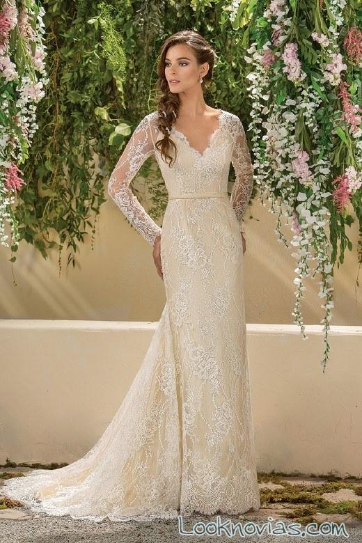 vestido de novia recto con mangas