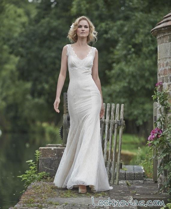 vestido de novia recto y satinado