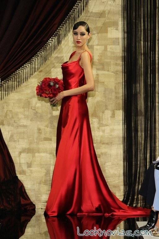 vestido de novia rojo theia