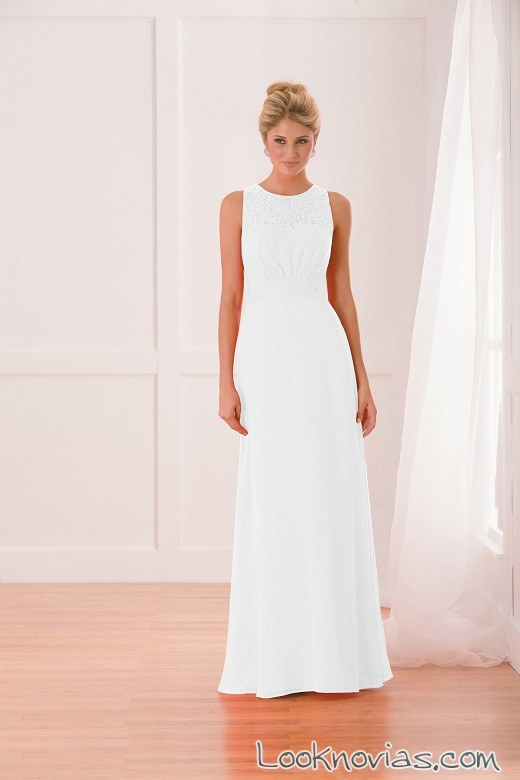 vestido de novia sencillo con escote de encajes