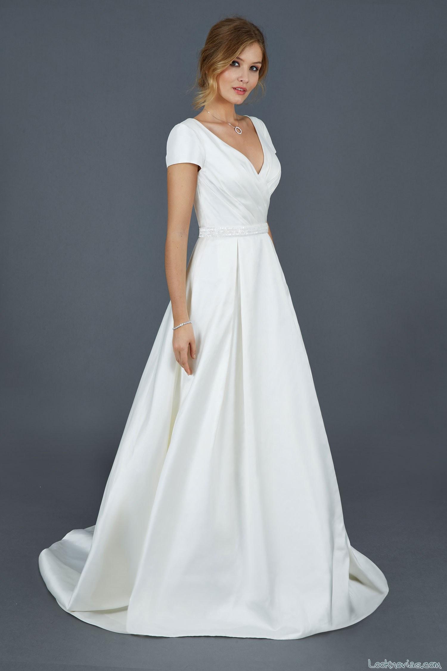 vestido de novia sencillo de atelier emé