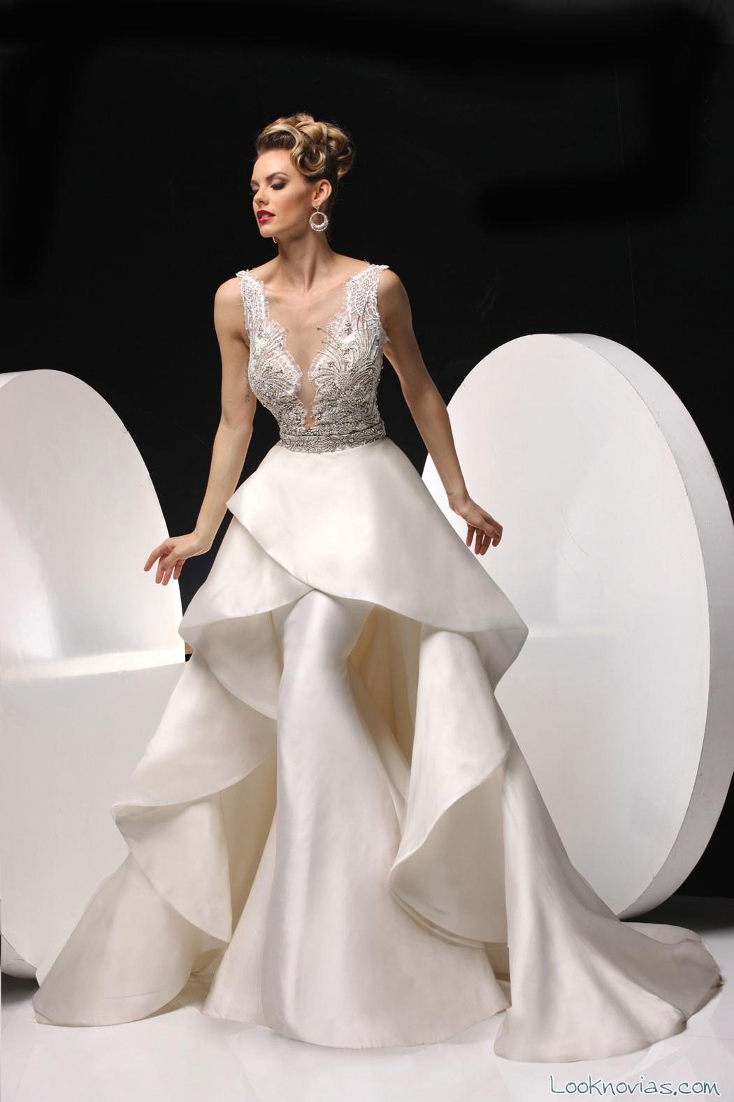 vestido de novia sirena con capa