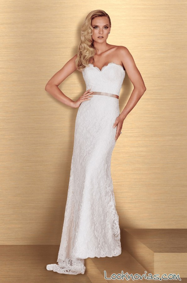 vestido de novia sirena con cinturón de paloma blanca