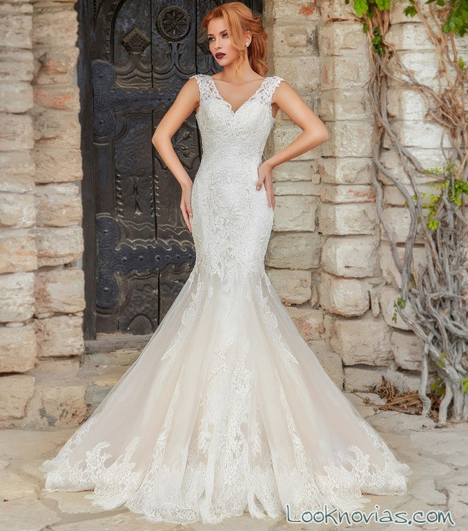 vestido de novia sirena con combinación en color