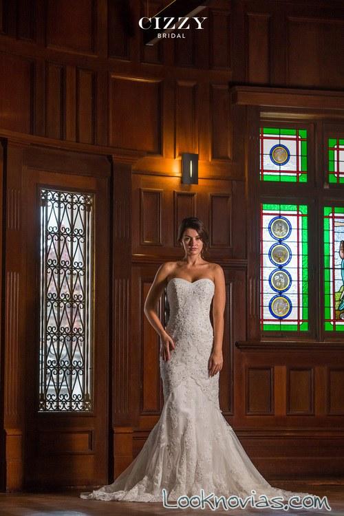 vestido de novia sirena con falda vaporosa