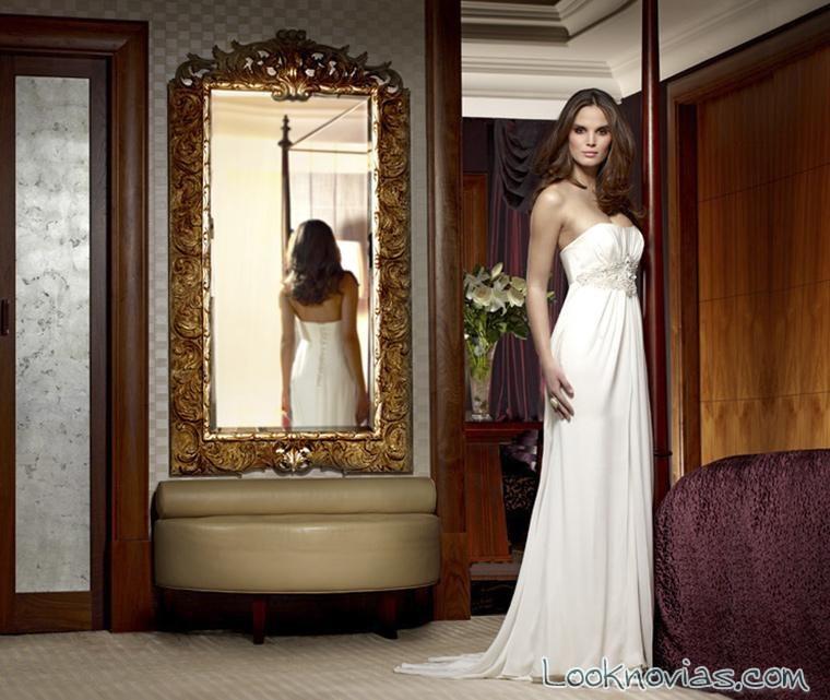 vestido de novia vaporoso y sencillo
