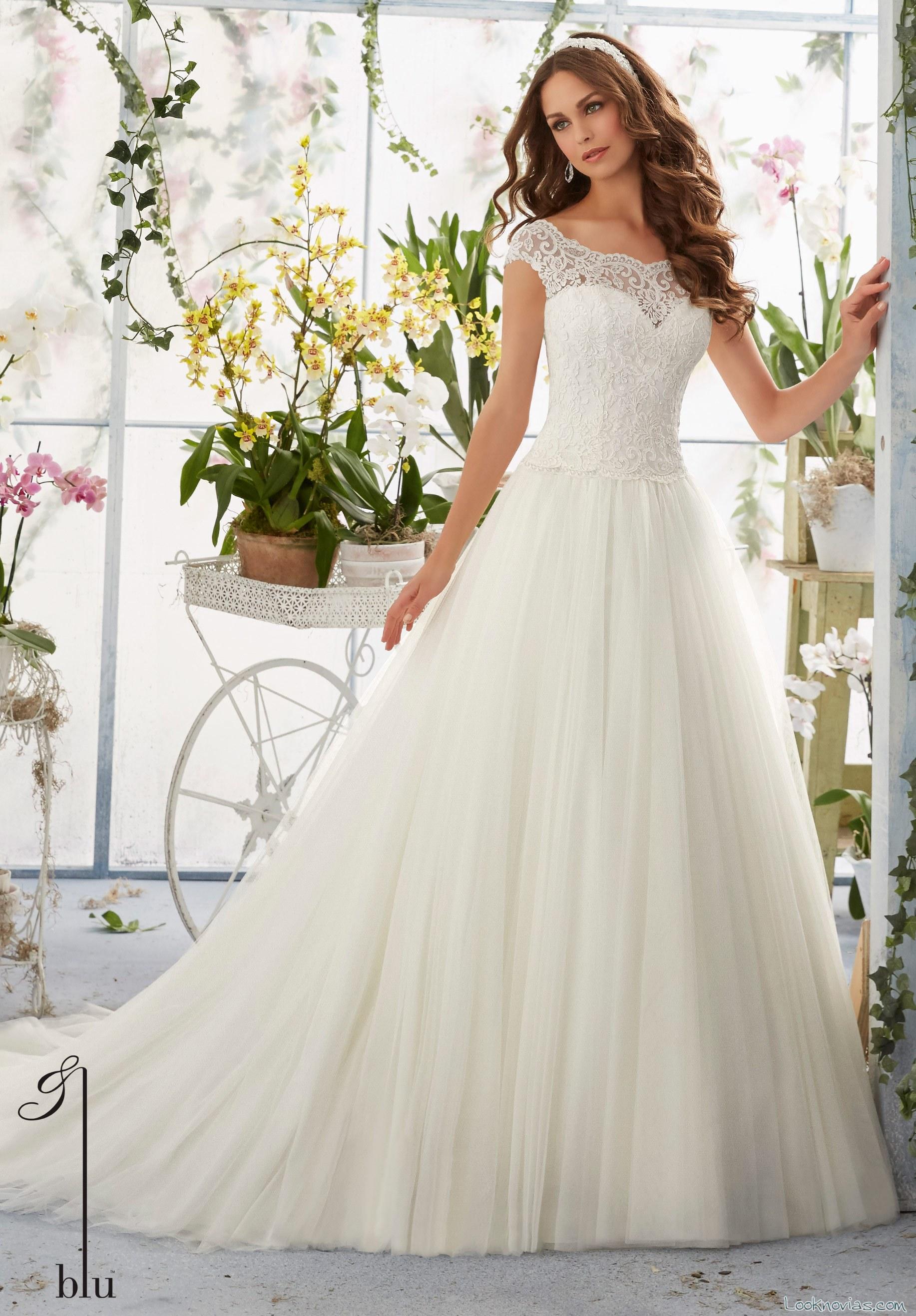 vestido de princesa con escote fantasía