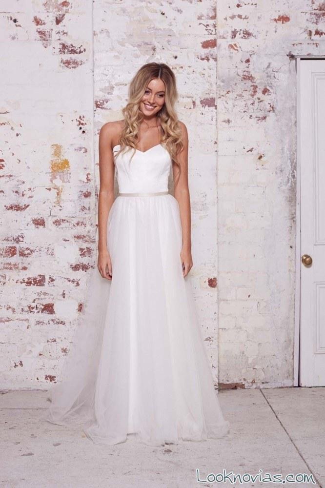 vestido de tul para novias en color blanco