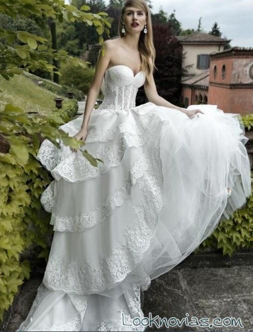 vestido de volantes y corpiño por valentini sposa