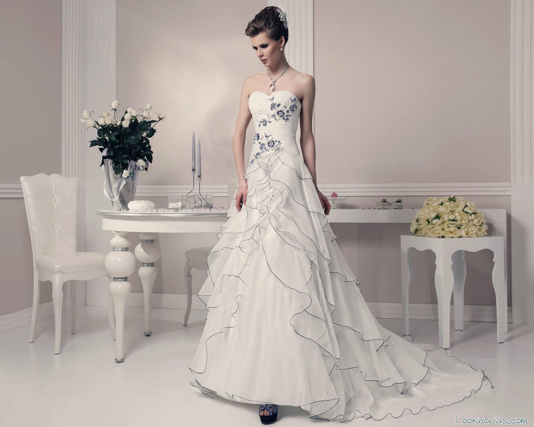 vestido en color toi spose