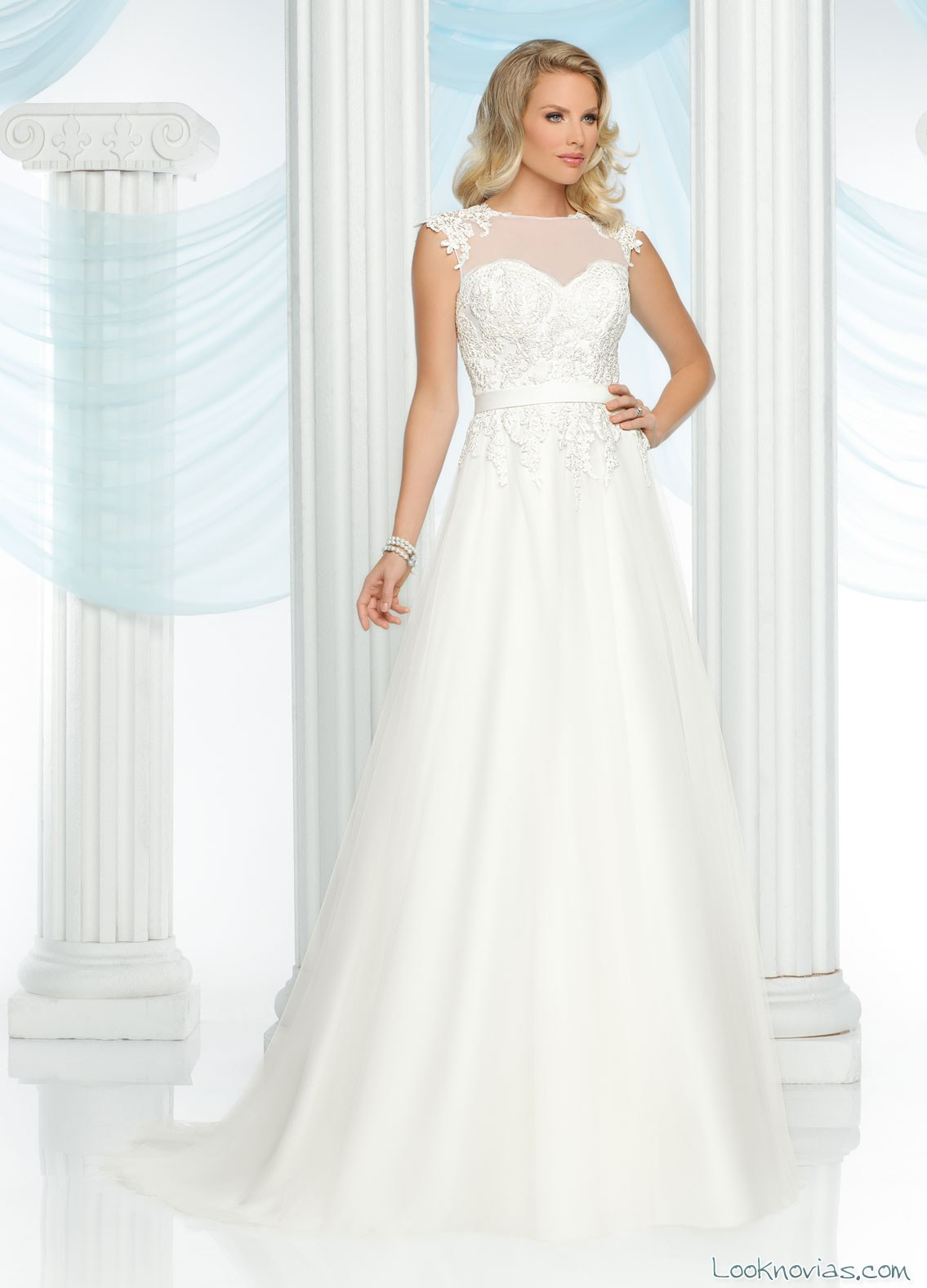 vestido evasé da vinci bridal con escote fantasía