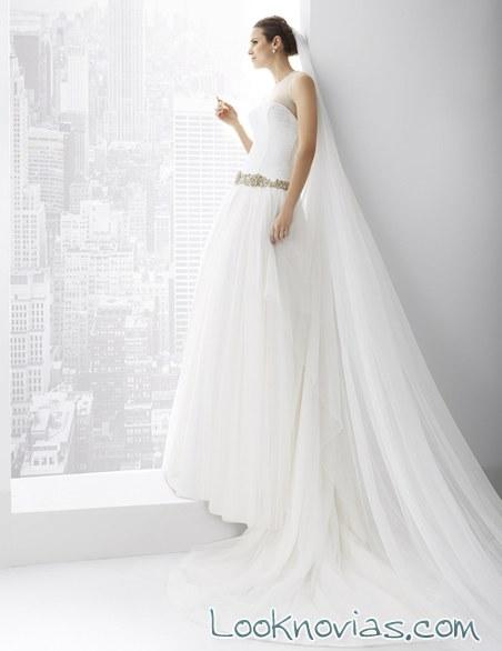vestido falda voluminosa manu álvarez