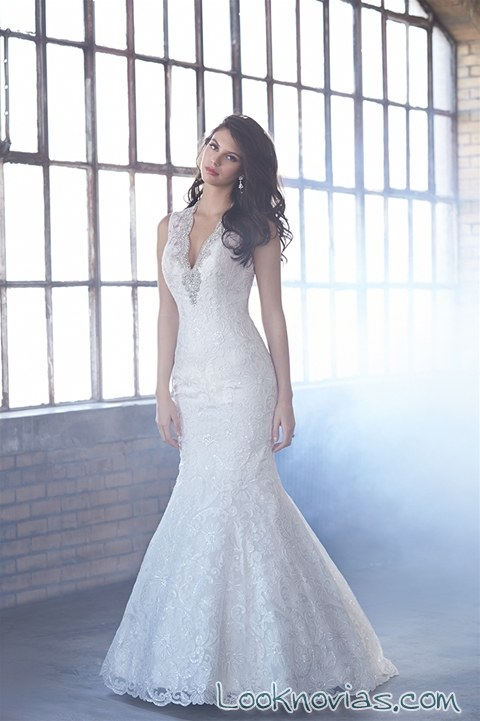 Vestido largo romántico para novias