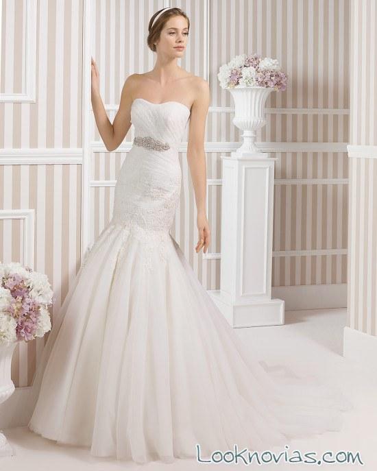 vestido luna novias para bodas románticas