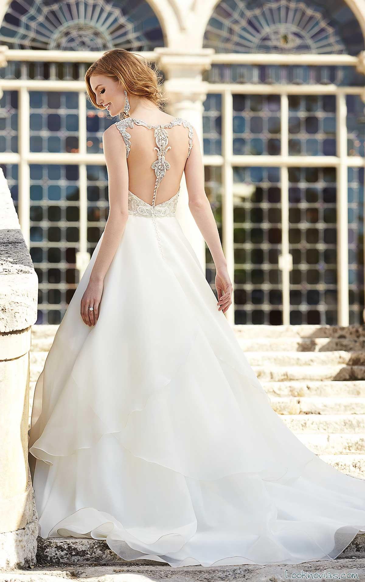vestido martina liana con escote en la espalda