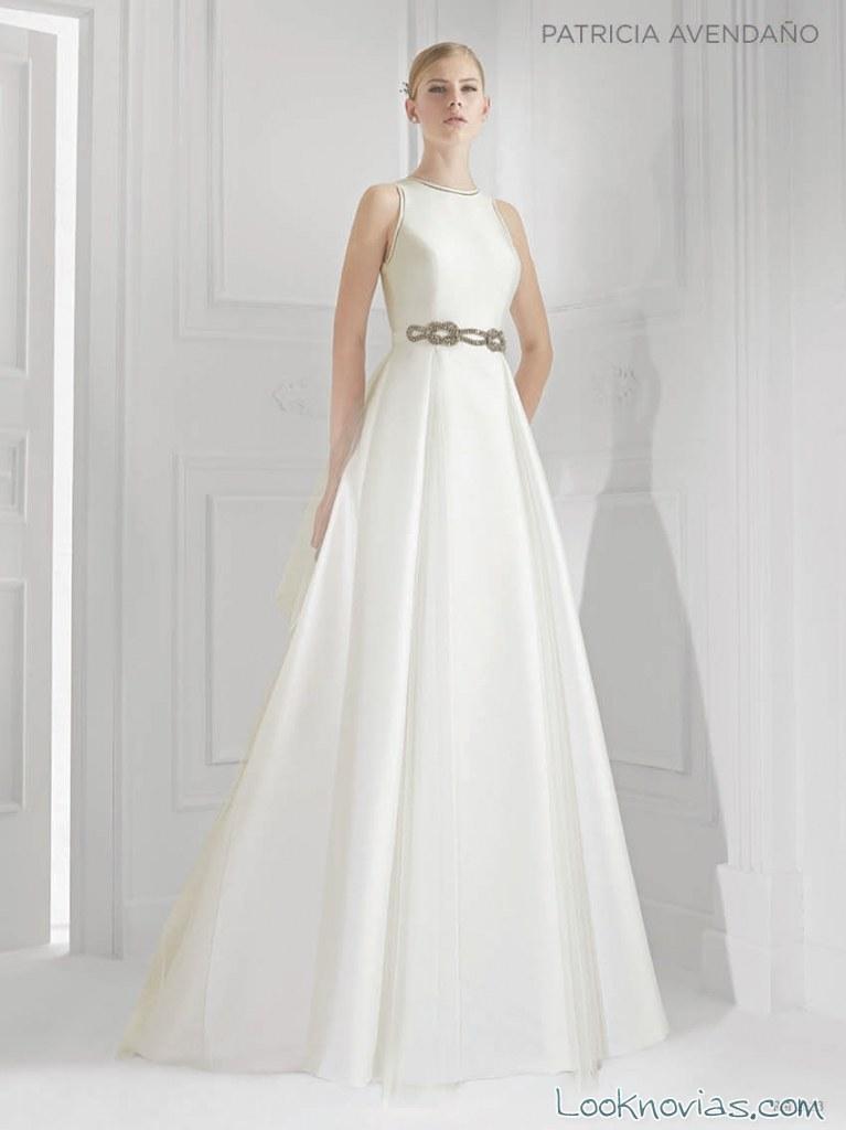 vestido minimalista blanco de patricia avendaño