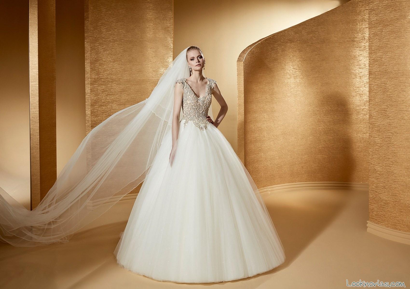 vestido nicole sposa con cuerpo en color