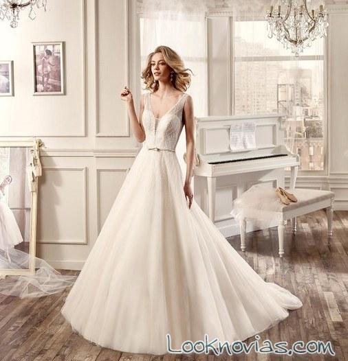 vestido nicole sposa con escote a pico