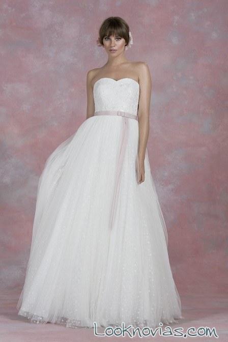 vestido novia con cinturón en color