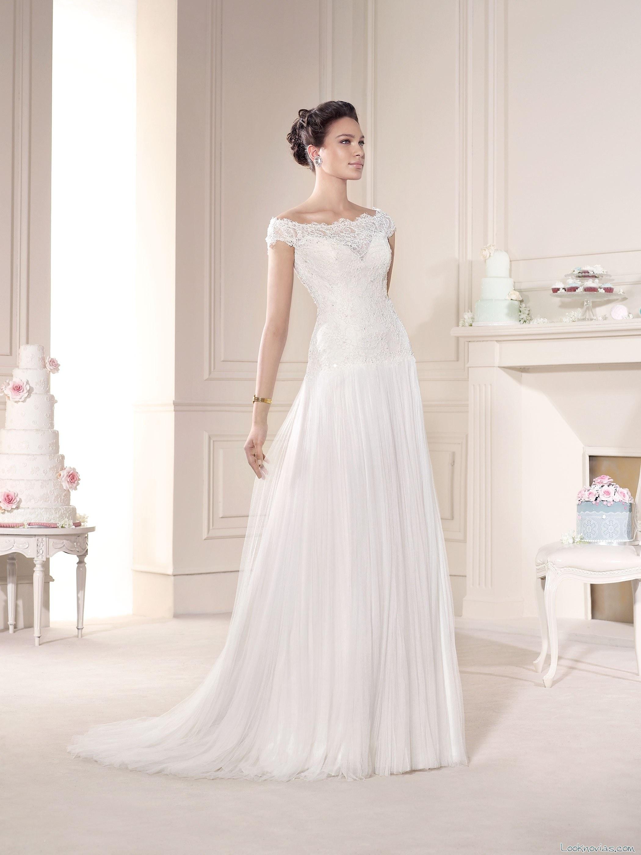 Vestido novia d´art con escote a barco